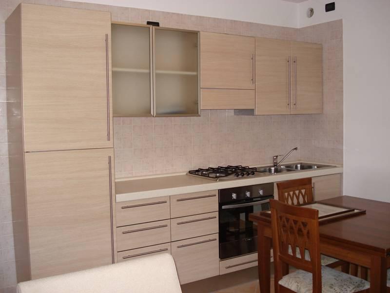 foto 2 di Desenzano del Garda Appartamento con Box singolo - Rif. 208