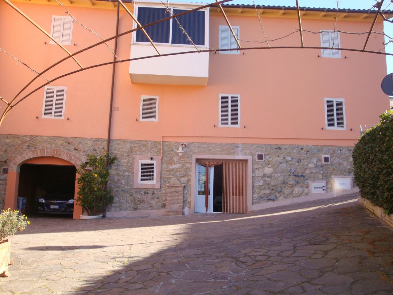 Appartamento in vendita a Rosignano Marittimo