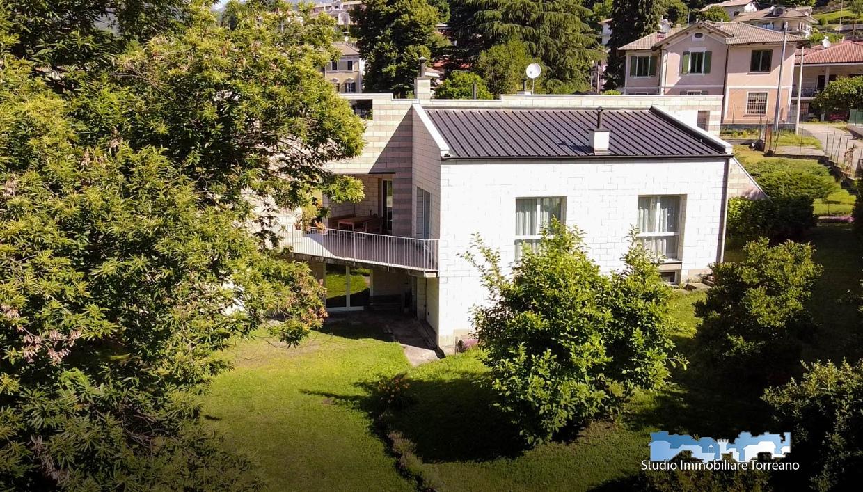 Villa in vendita, Val di Chy alice superiore