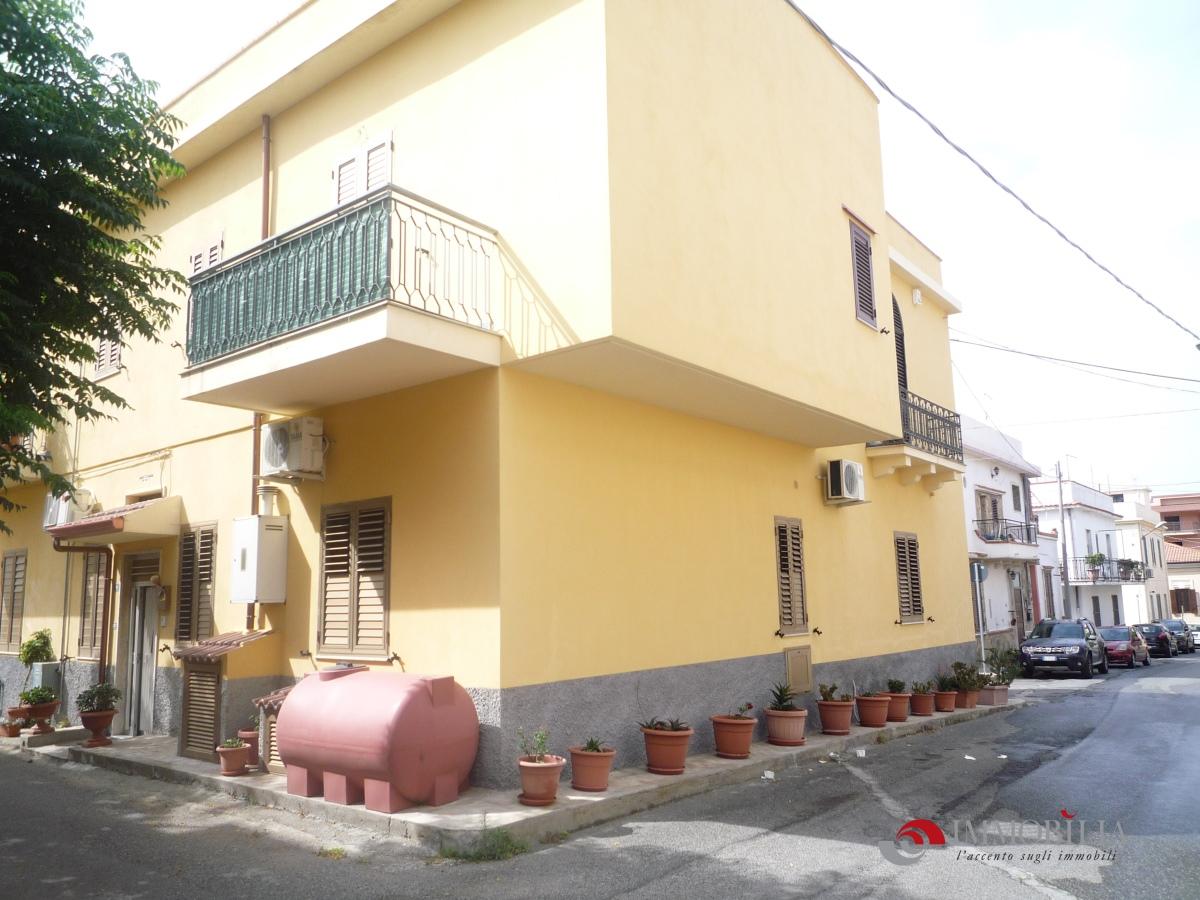 Appartamento a Motta San Giovanni - lazzaro - 01