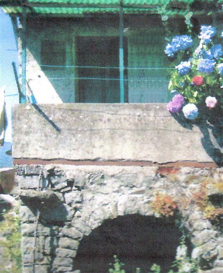 Casa indipendente da ristrutturare a Pontremoli - 01, Foto