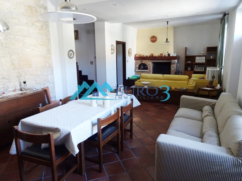 Casa indipendente in vendita, Acquasanta Terme paggese