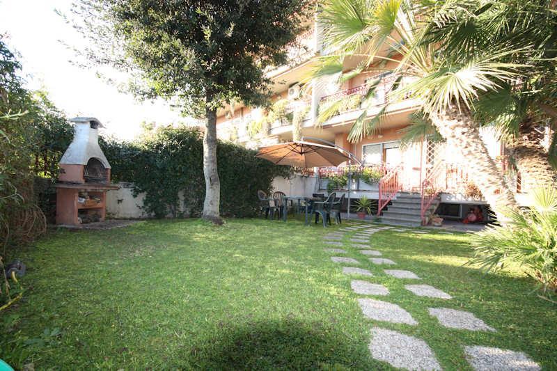 Appartamento con giardino a Roma in via andrea millevoi - ardeatina - fonte meravigliosa - 01