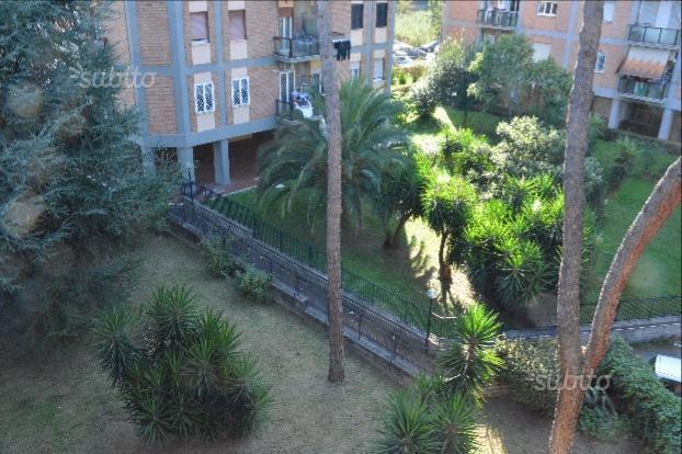 Appartamento con posto auto scoperto a Roma in via alessandro benetti 8 - casilina - 01
