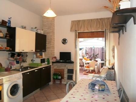 Appartamento con terrazzo via nabucco Napoli