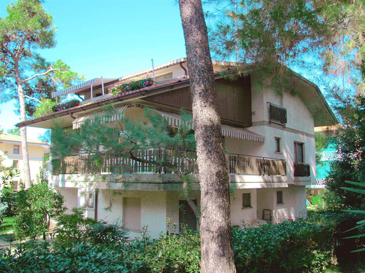 Villa A Tre Piani villette a schiera in vendita a medea   pcase.it