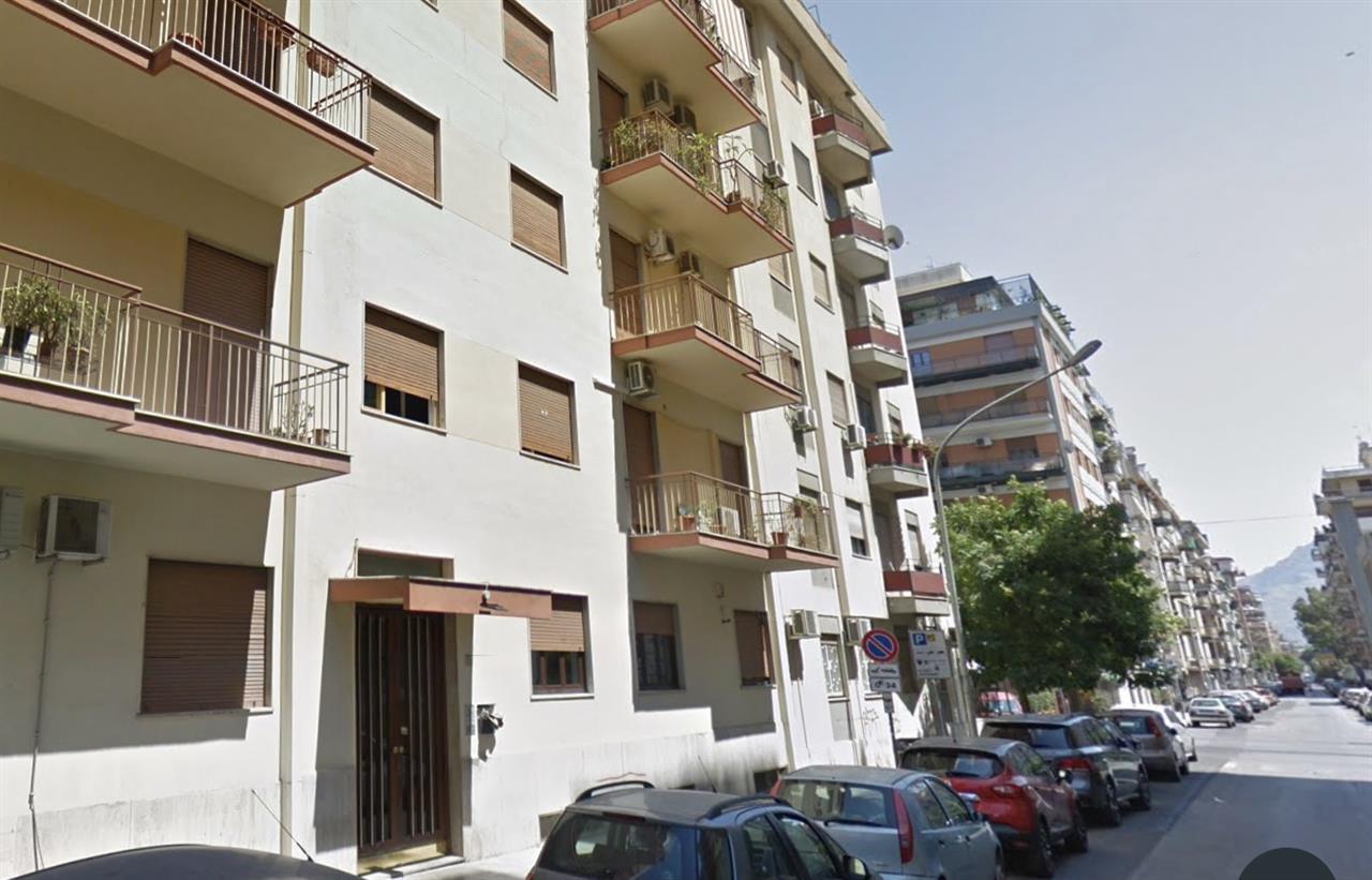Appartamento in Vendita in Via Maggiore Pietro Toselli 177