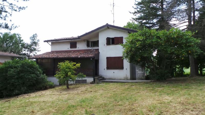 Villa con giardino a Zocca in via porrettana 5400 - casa miro - 01