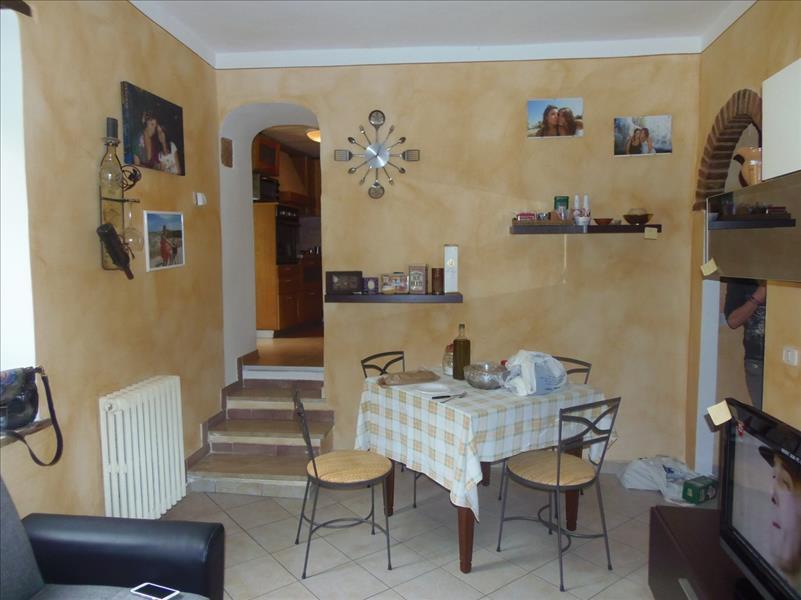 Appartamento a Sarteano - centro storico - 01