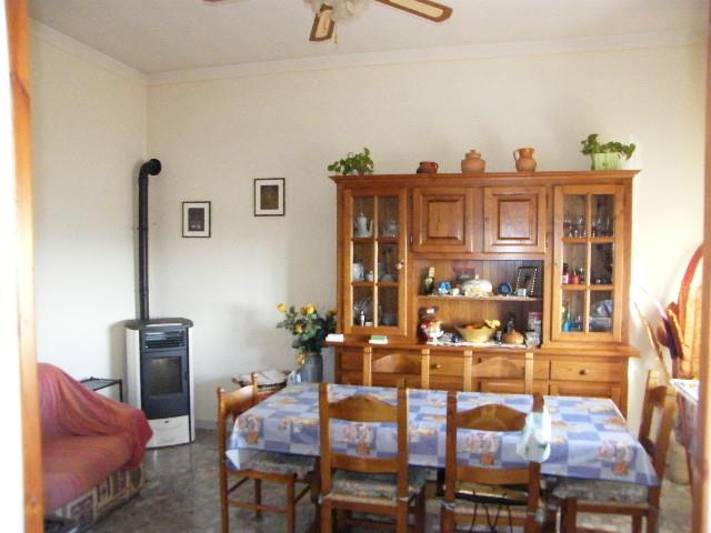 Appartamento con posto auto scoperto a Sinalunga - 01