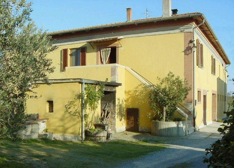 Rustico con giardino a Chianciano Terme - 01