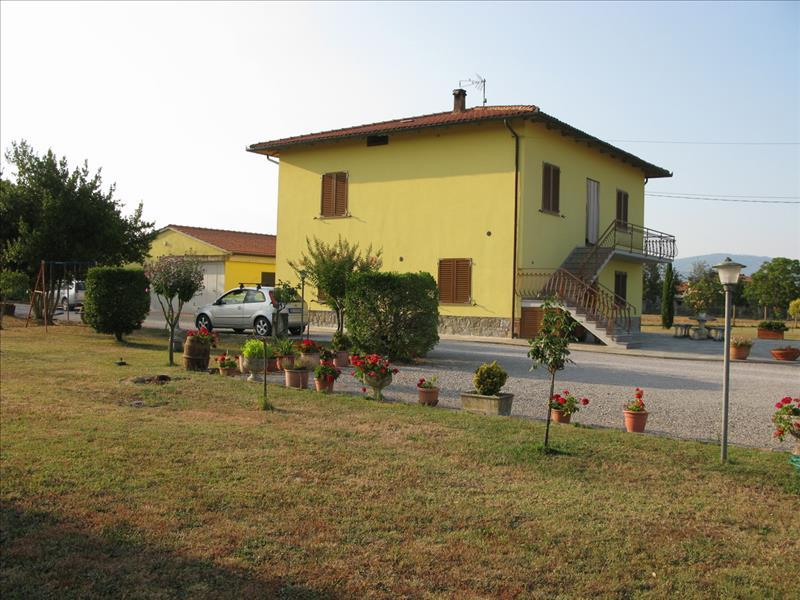 Villa con giardino a Cortona - 01