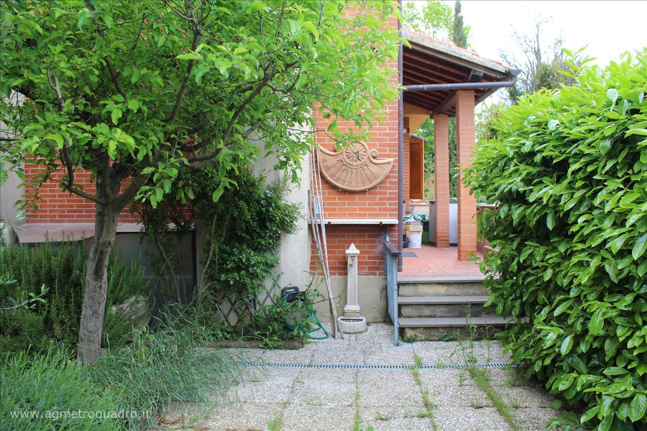 Villa in vendita a Sarteano