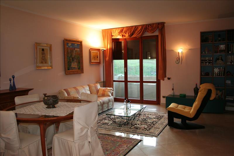 Appartamento con posto auto scoperto a Chianciano Terme - 01