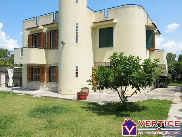 Villa arredato a Sperlonga - marina di fondi - 01