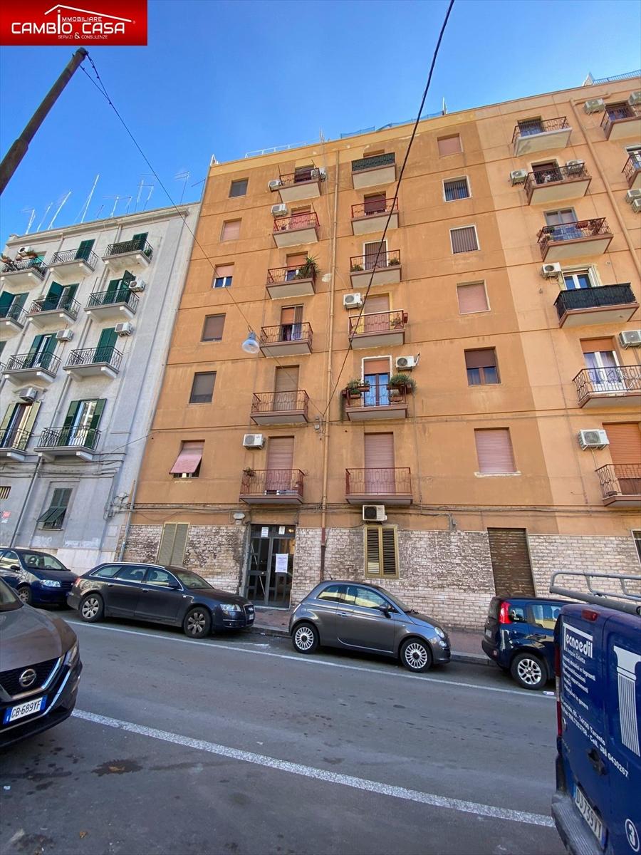 Bilocale in vendita in via leonida 101, Taranto