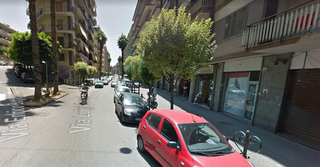Negozio in vendita, Salerno gelsi rossi , mobilio , guercio