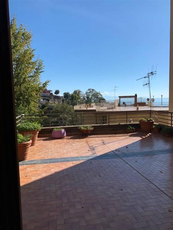 Appartamento con giardino, Salerno ginestre , sala abbagnano , panoramica , casa manz