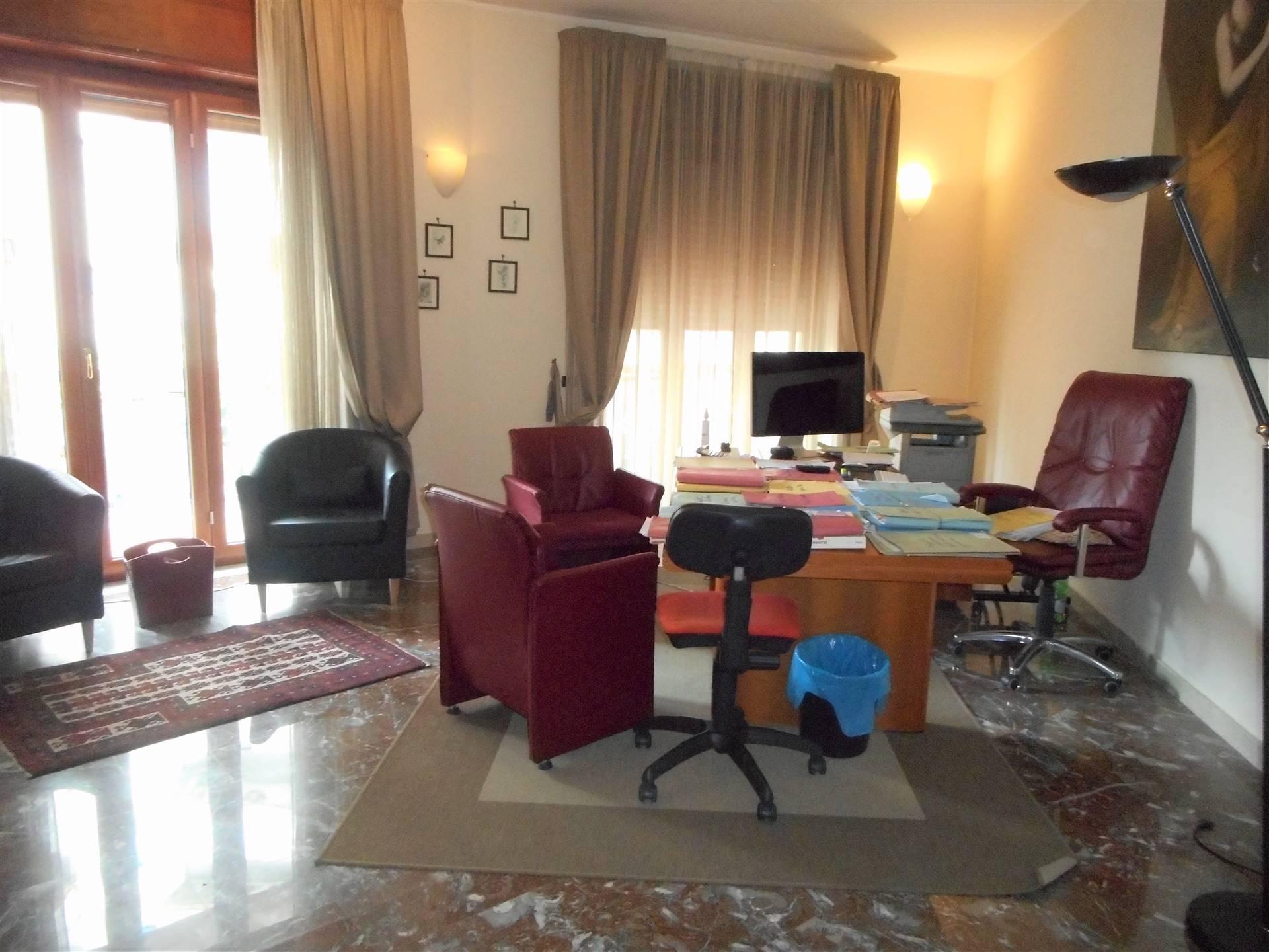 Appartamento ristrutturato, Salerno gelsi rossi , mobilio , guercio