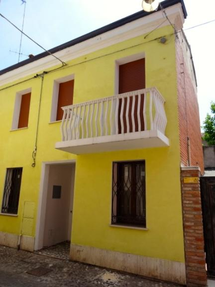 Appartamento con giardino Comacchio centro storico
