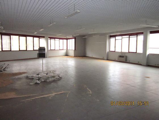 Affitto ufficio Modena prossimità centro - 01, interno open space 235 mq