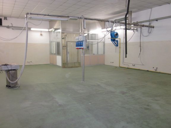 Laboratorio ristrutturato a Modena - periferia nord - 01, zona laboratorio