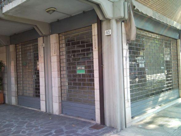 Negozio a Modena - prossimità centro - 01, esterno