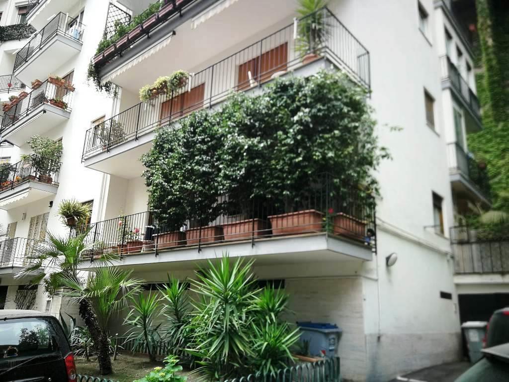 Appartamento con giardino in via plauto, Napoli