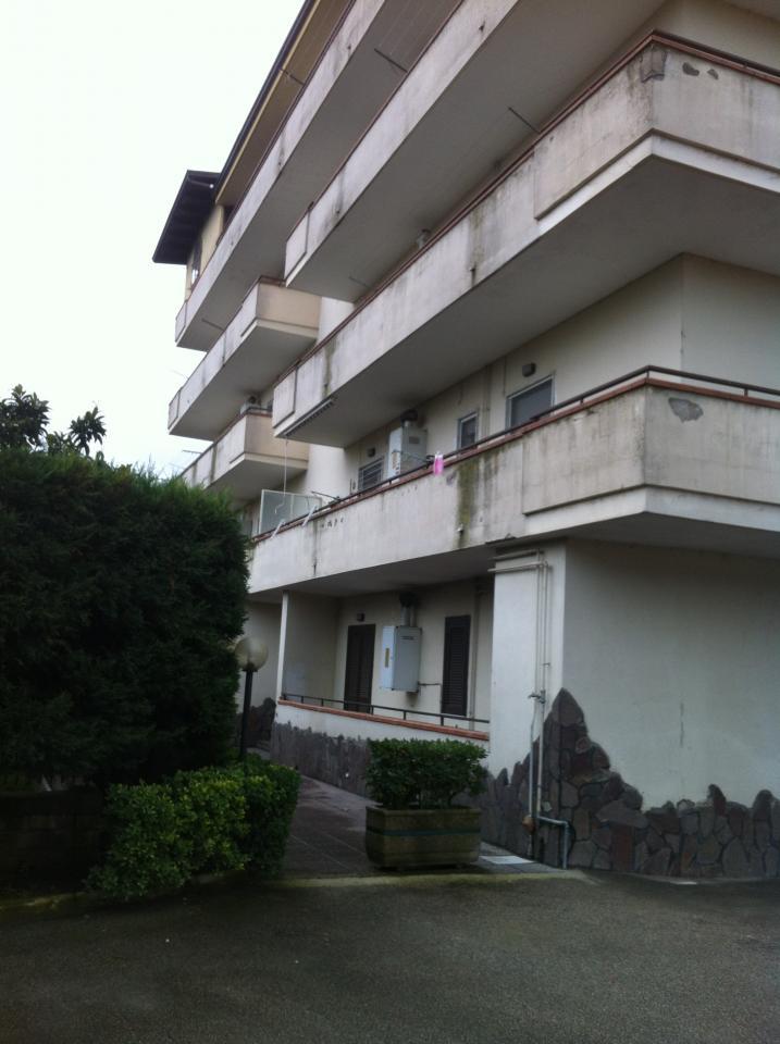 Appartamento con box doppio in larghezza a Qualiano - 01