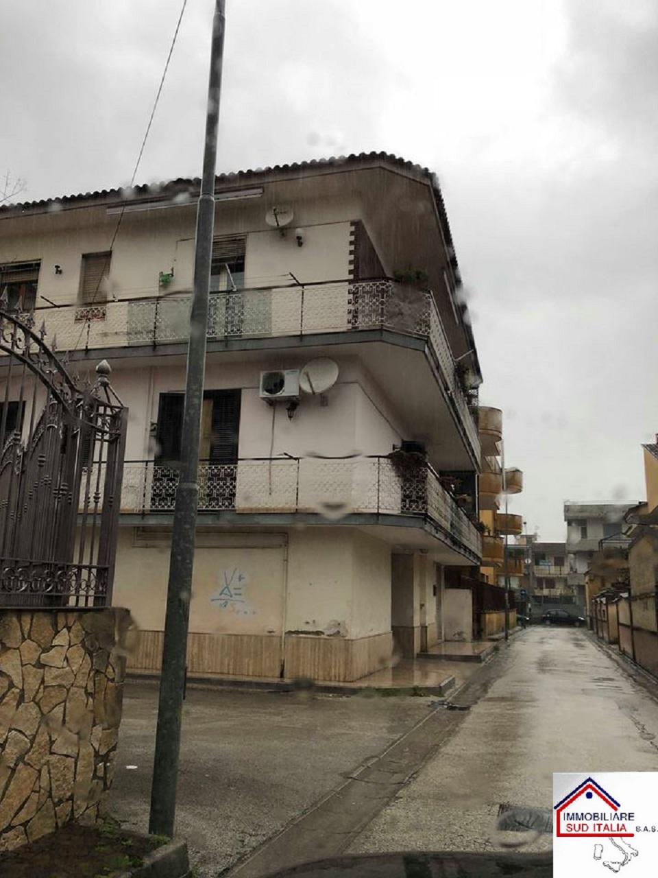 Appartamento con posto auto coperto a Villaricca - 01