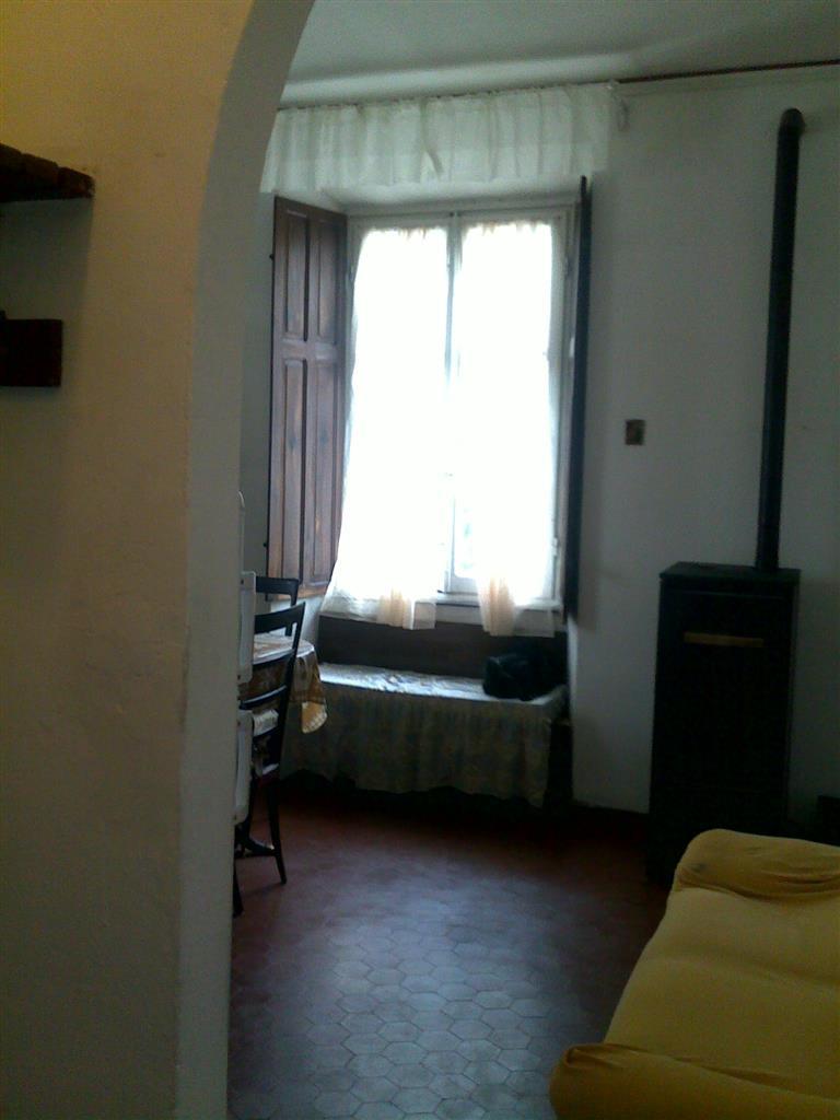 Appartamento arredato in affitto, Albareto gotra