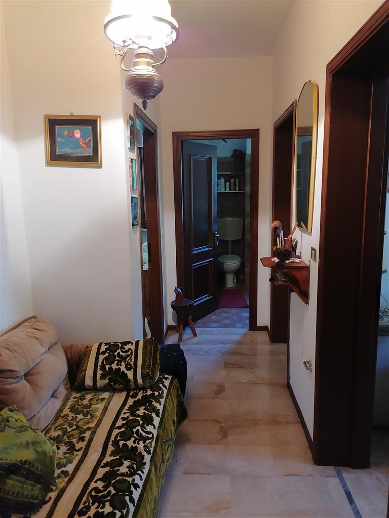 Casa indipendente arredata in affitto a Albareto