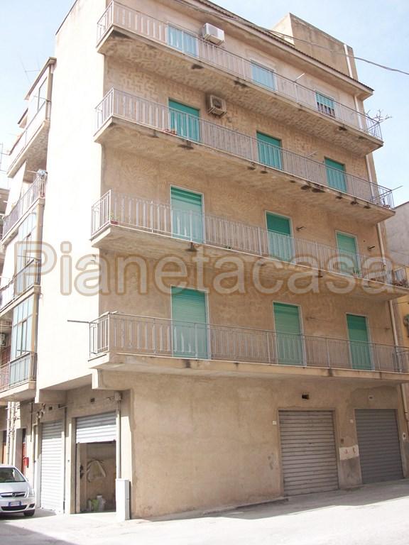 Vendo appartamento via de gasperi Sciacca - 01