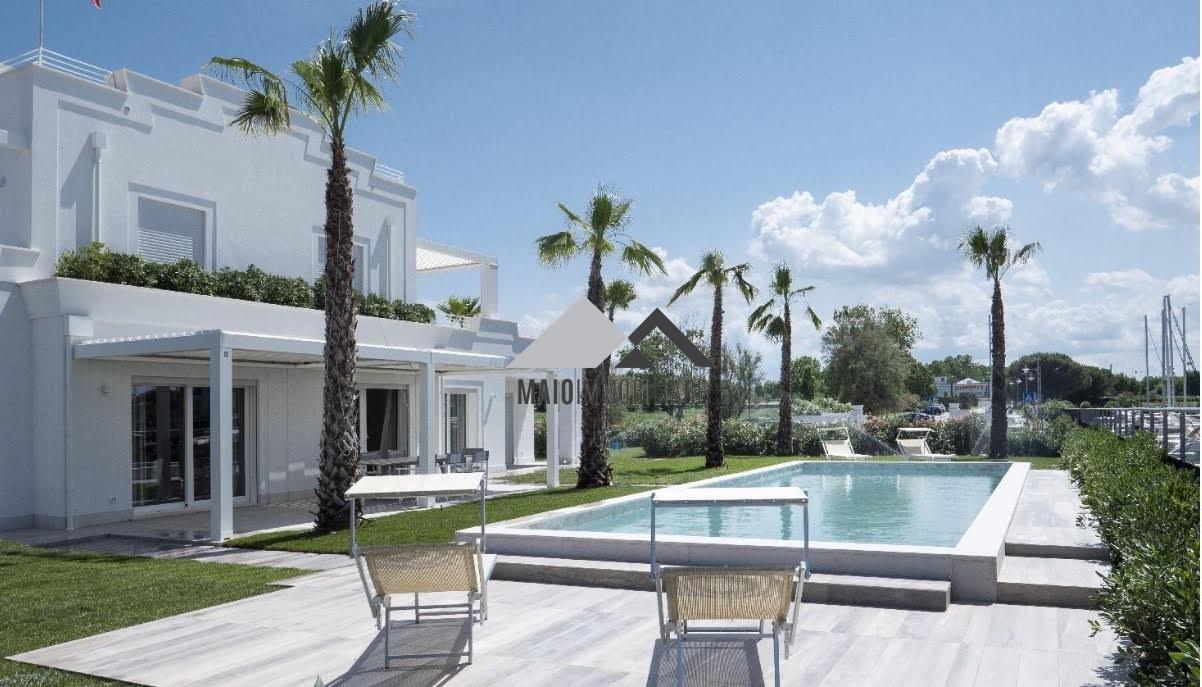 Villa arredato a Misano Adriatico - portoverde - 01