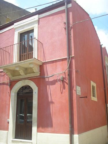 Appartamento Bilocale a Palazzolo Acreide in via acre - 01