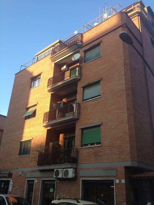 Appartamento a Roma in via gaetano rappini - 01