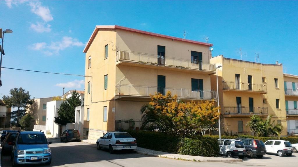 Appartamento a Alcamo in largo alcide de gaspari - 01