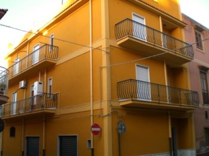 Appartamento a Balestrate in via vittorio emanuele orlando 21 - 01