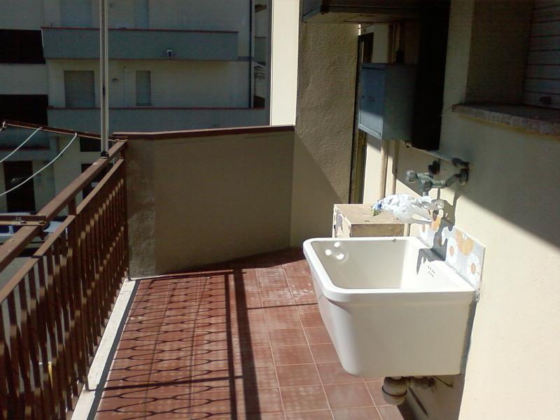 Appartamento a Follonica in v. lago trasimeno - 01