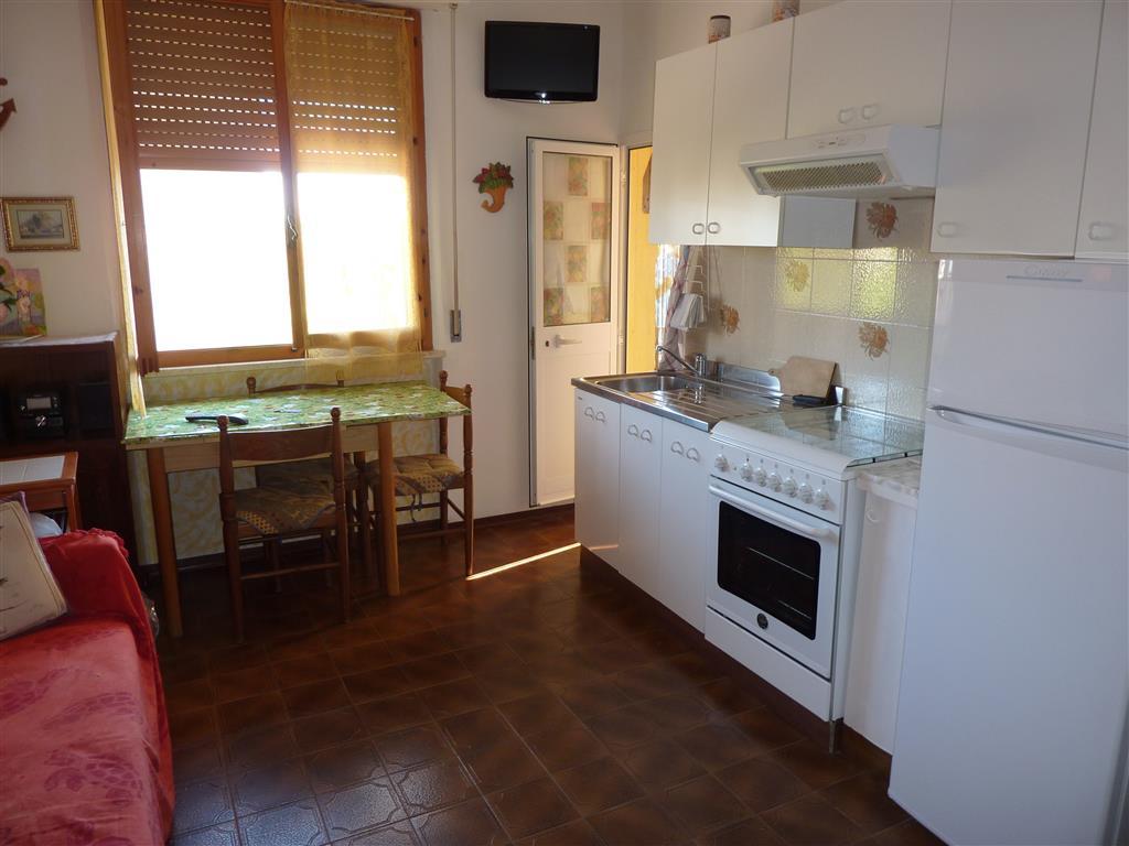 Appartamento a Follonica in via lago misurina - 01
