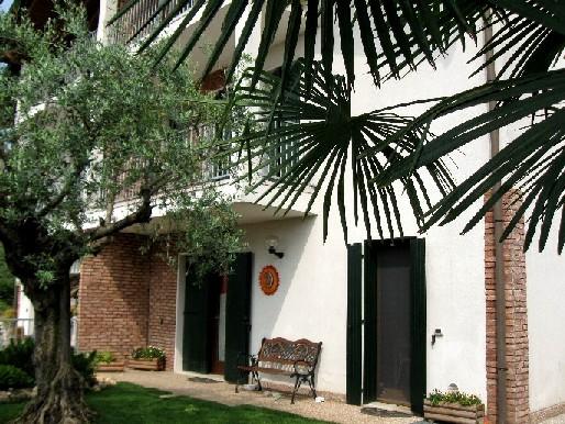 Villa con giardino a Bovolone - 01