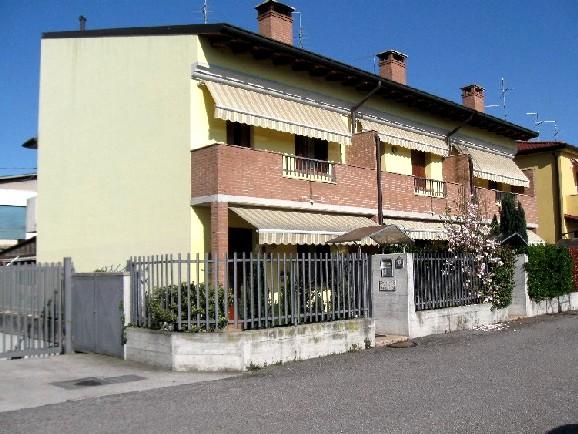 Villa con giardino a San Giovanni Lupatoto - 01