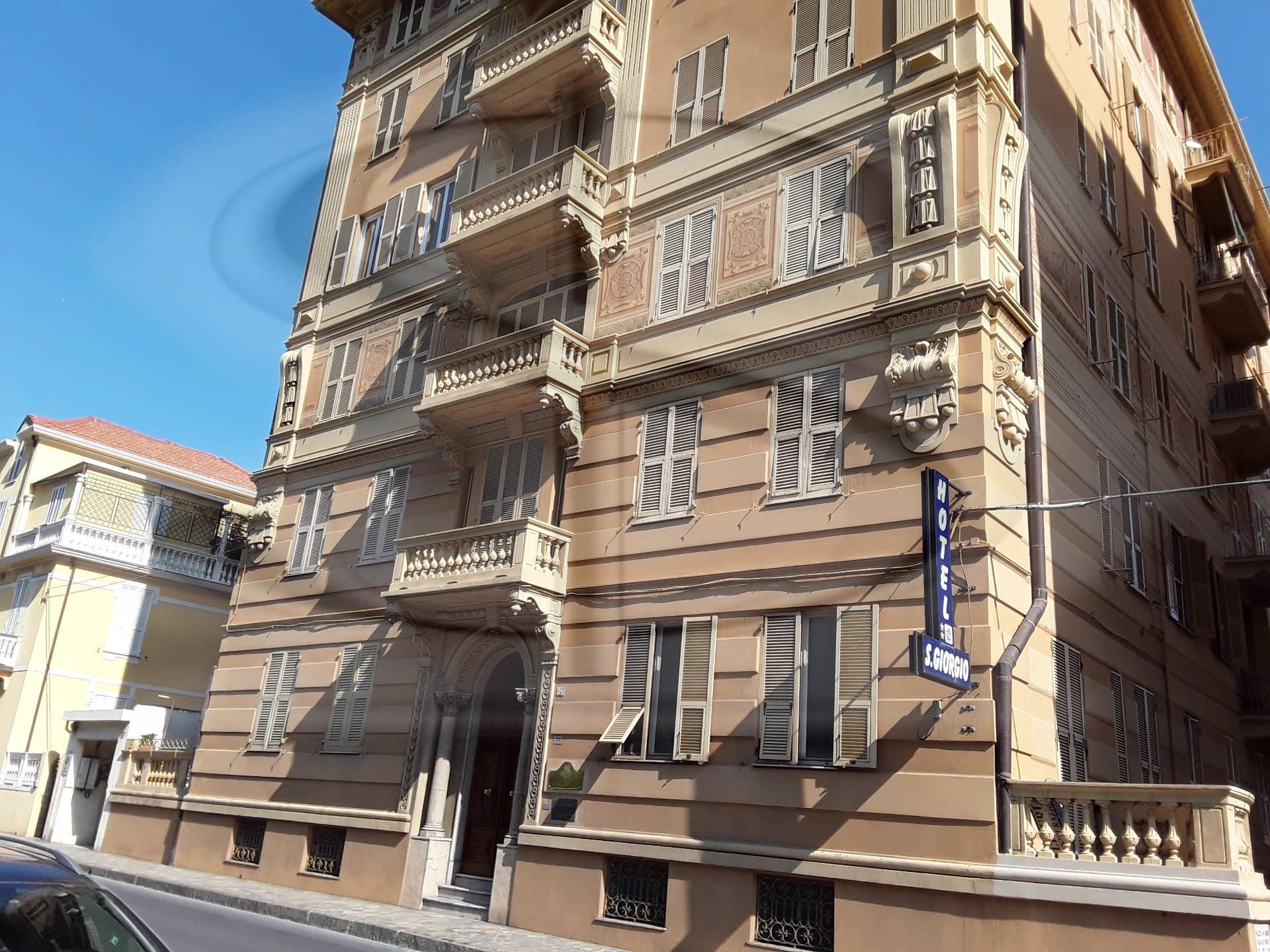 Appartamento da ristrutturare a Alassio - levante - 01