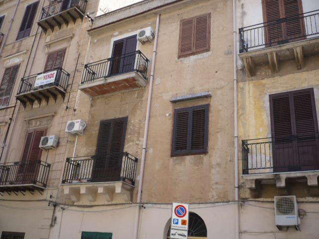 Appartamento a Palermo in via re manfredi 24 - cuba-calatafimi - 01
