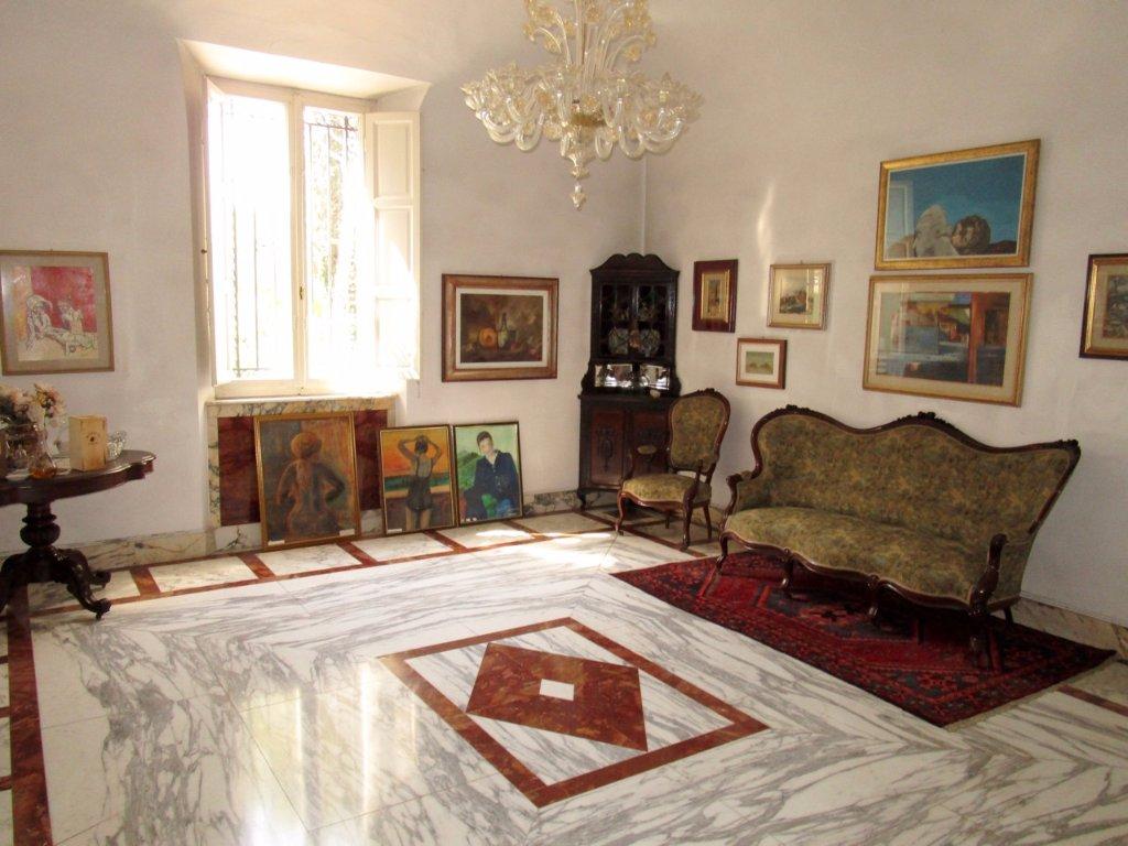 Villa con giardino, Pisa duomo