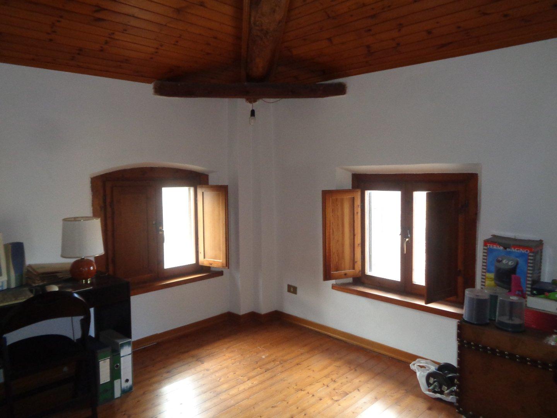 Casa indipendente con giardino a Terricciola - chientina - 01