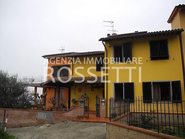 Villa Trifamiliare in vendita a Cerreto Guidi - 01