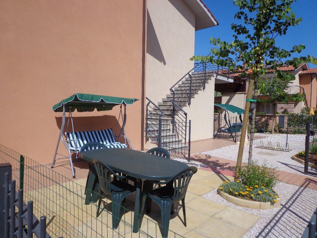 Appartamento Bilocale arredato a Castagneto Carducci - marina di castagneto - 01
