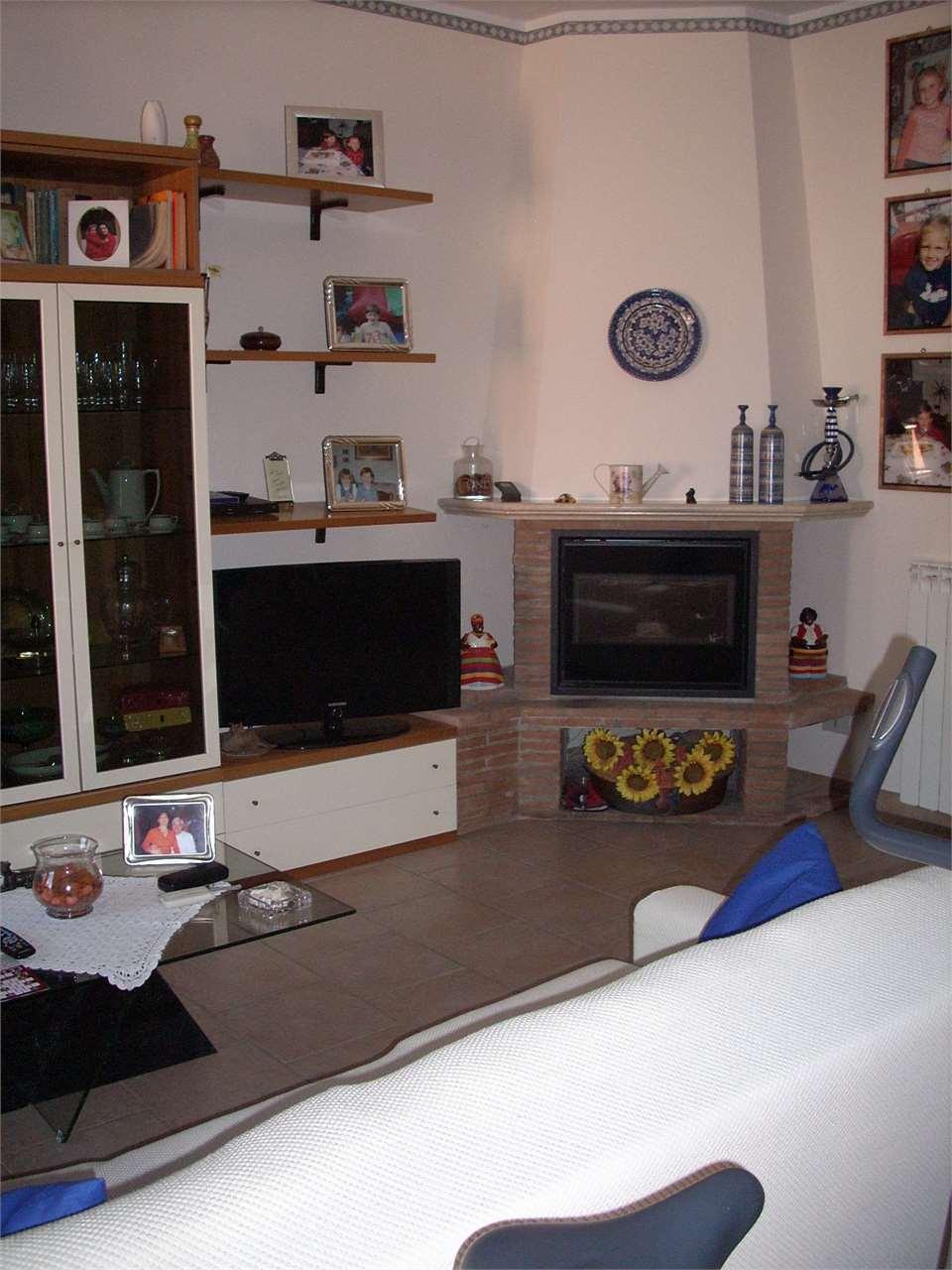 Appartamento a Buti - 01