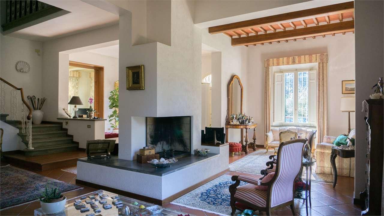 Villa con giardino a Santa Maria a Monte - 01